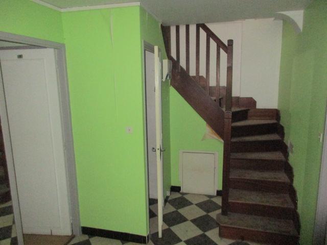 br-010-appartement-T4-centre-de-rieumes-escalier-etage