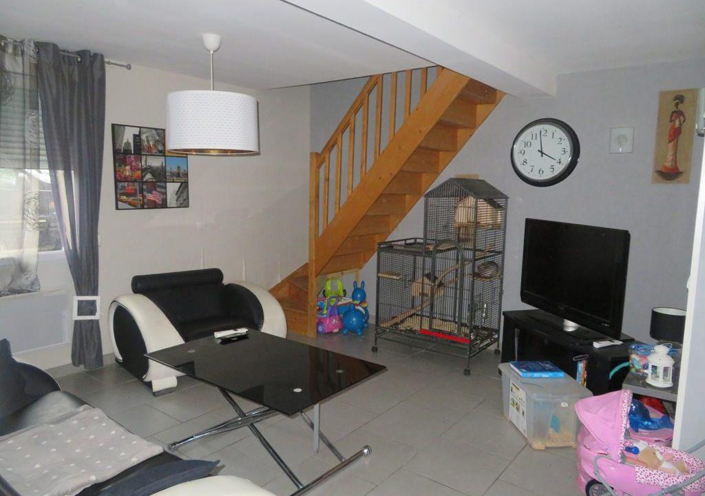 br-024-maison-centre-village-rieumes-salon (2)