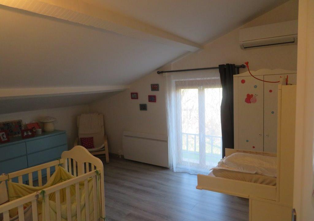 br-028-maison-entre-rieumes-samatan-monblanc-chambre-bebe