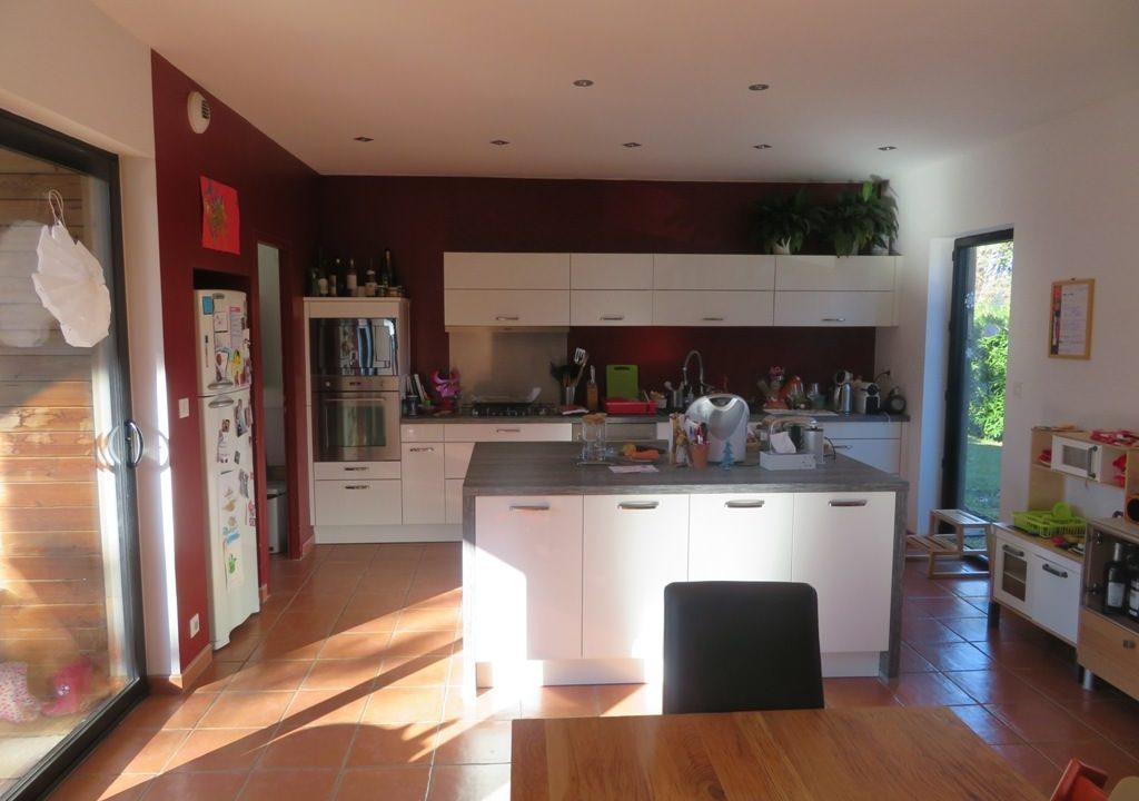 br-028-maison-entre-rieumes-samatan-monblanc-cuisine