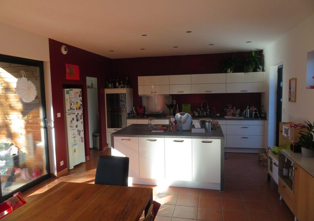 br-028-maison-entre-rieumes-samatan-monblanc-cuisine-salle-a-manger