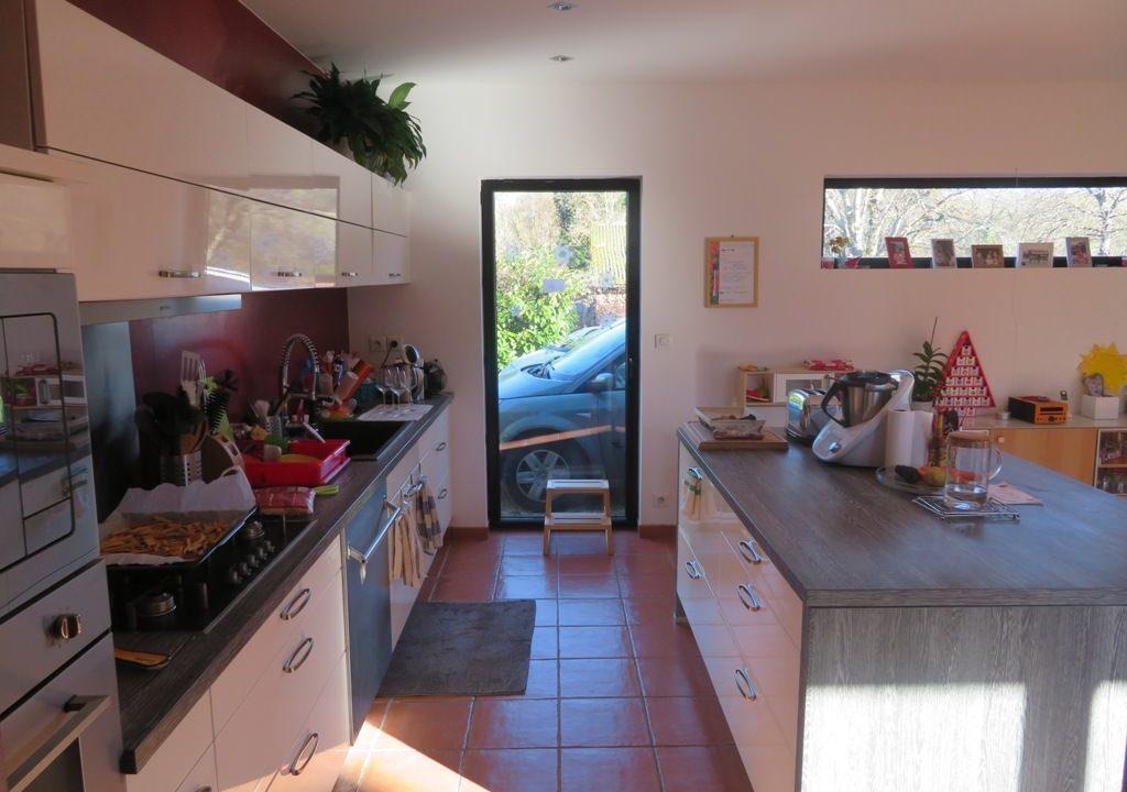 br-028-maison-entre-rieumes-samatan-monblanc-cuisine-traversante