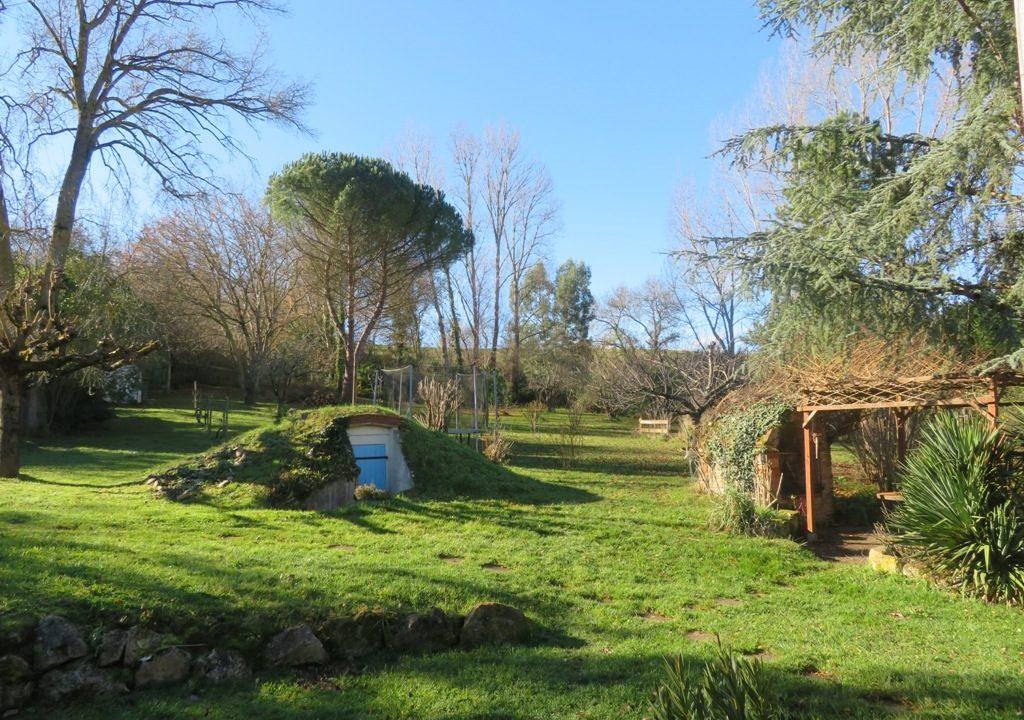 br-028-maison-entre-rieumes-samatan-monblanc-jardin-2