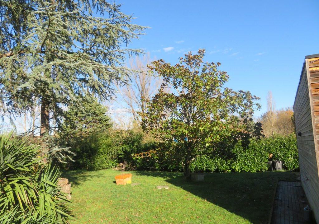 br-028-maison-entre-rieumes-samatan-monblanc-jardin-3