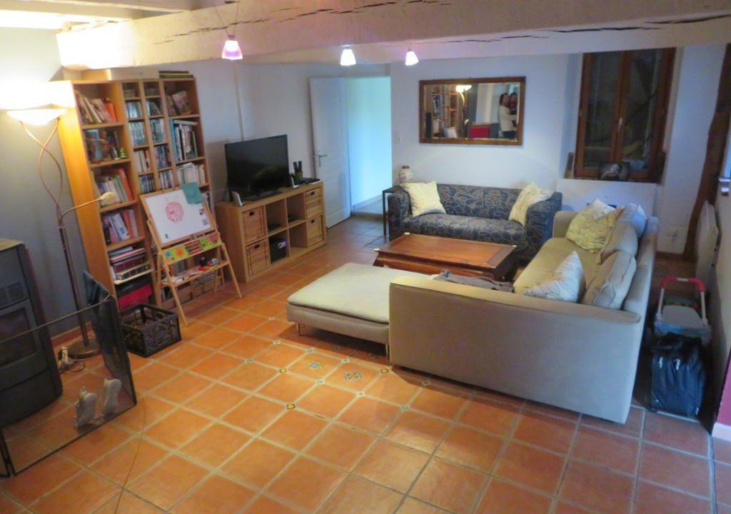 br-028-maison-entre-rieumes-samatan-monblanc-salon-2