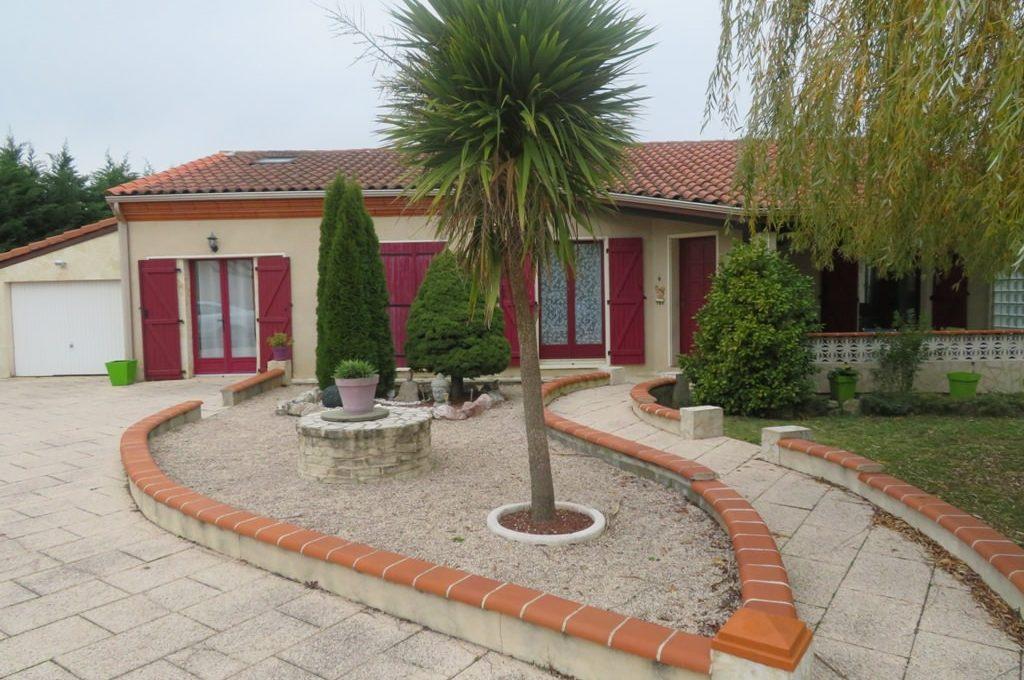 is-003-maison-st lys-facade-principale