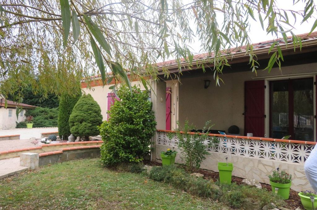is-003-maison-st lys-facade-terrasse