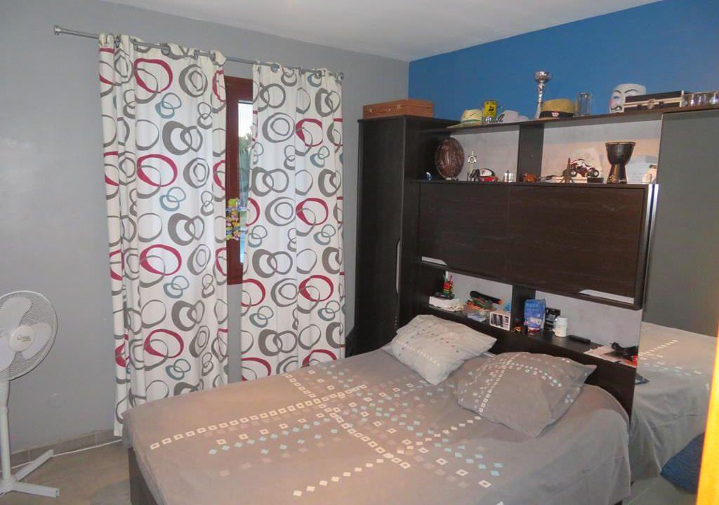 is-008-maison-secteur-rieumes-chambre-1
