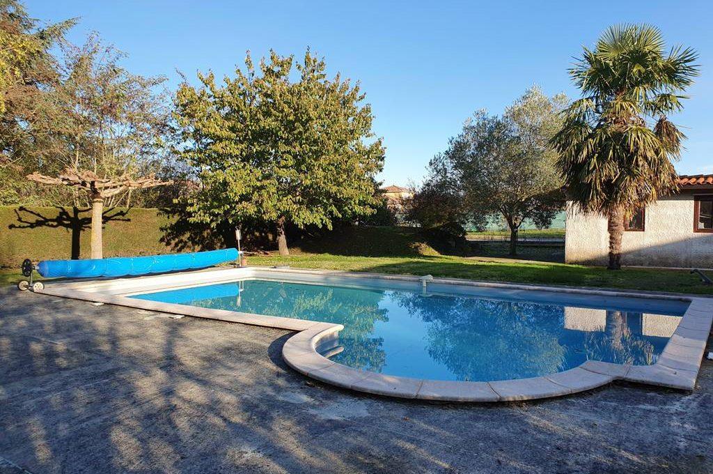 is-008-maison-secteur-rieumes-piscine