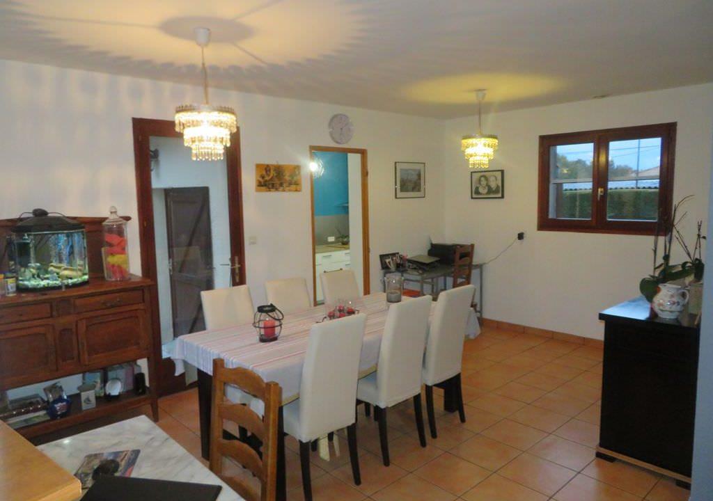 is-008-maison-secteur-rieumes-salleàmanger
