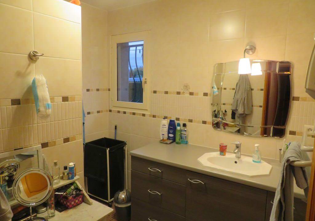 is-008-maison-secteur-rieumes-salle d'eau