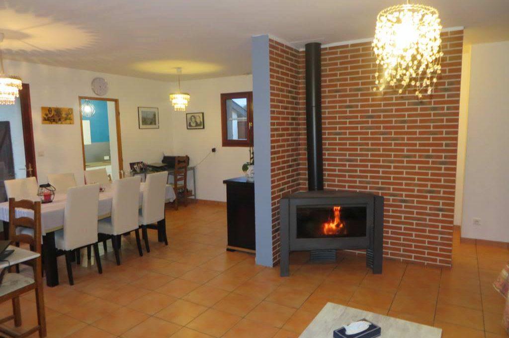 is-008-maison-secteur-rieumes-salon-cheminée