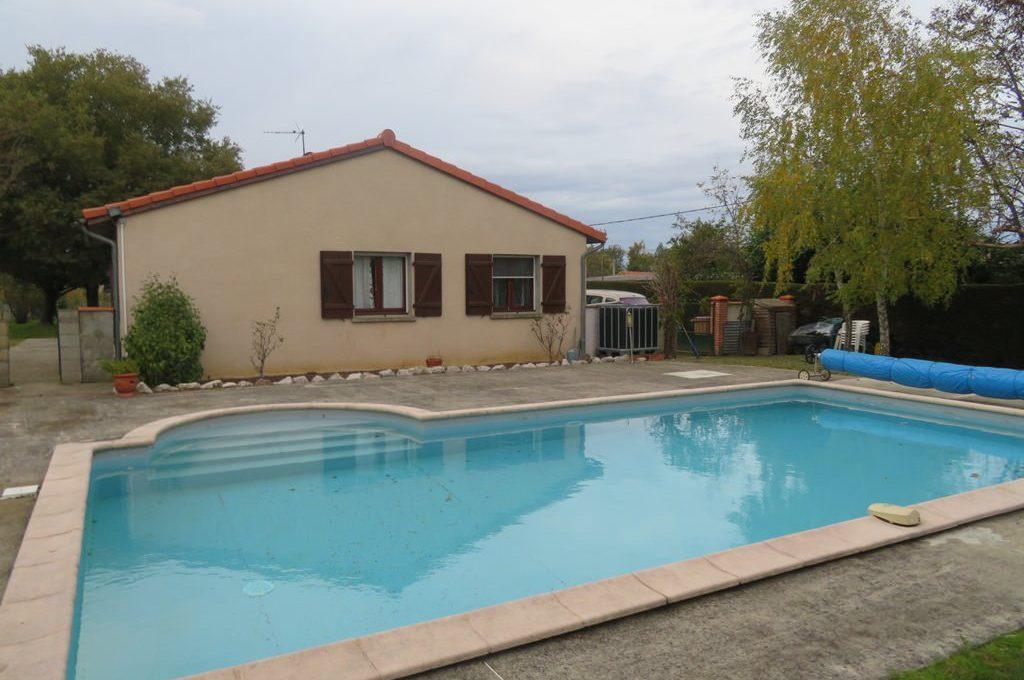 is-008-maison-seteur-rieumes-piscine-1