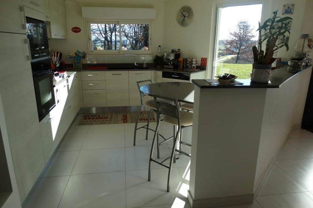 is-013-maison-le-fousseret-cuisine-1