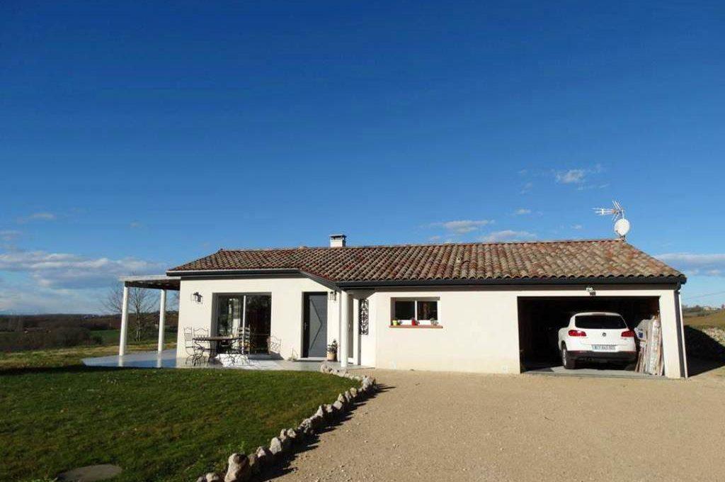 is-013-maison-le-fousseret-facade-garage