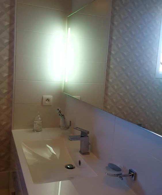 is-013-maison-le-fousseret-salle-d-eau