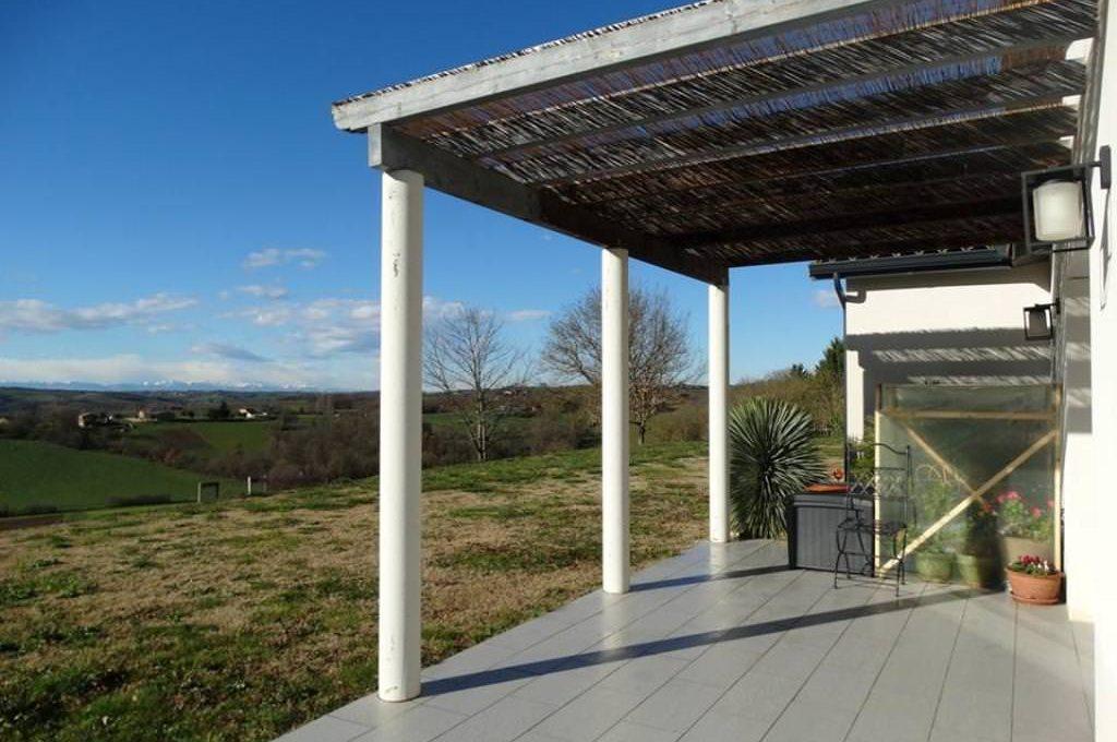 is-013-maison-le-fousseret-terrasse