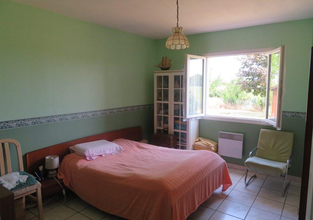 is-015-maison-canton-de-rieumes-chambre