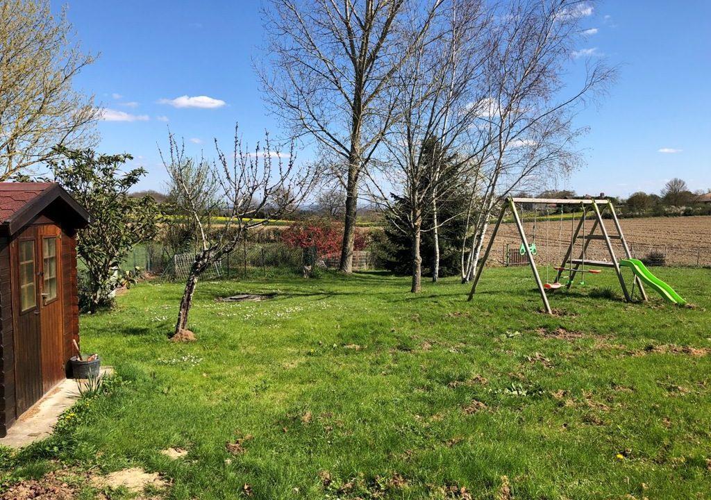 is-015-maison-canton-de-rieumes-jardin (2)