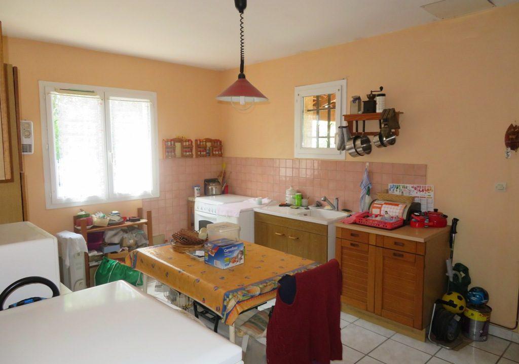 is-015-maison-canton-de-rieumes-sejour