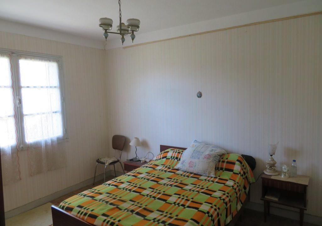 is-022-maison-rieumes-chambre (2)