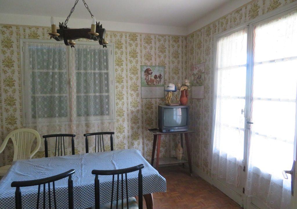 is-022-maison-rieumes-sejour
