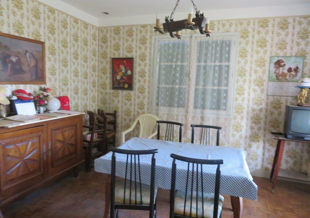 is-022-maison-rieumes-sejour2