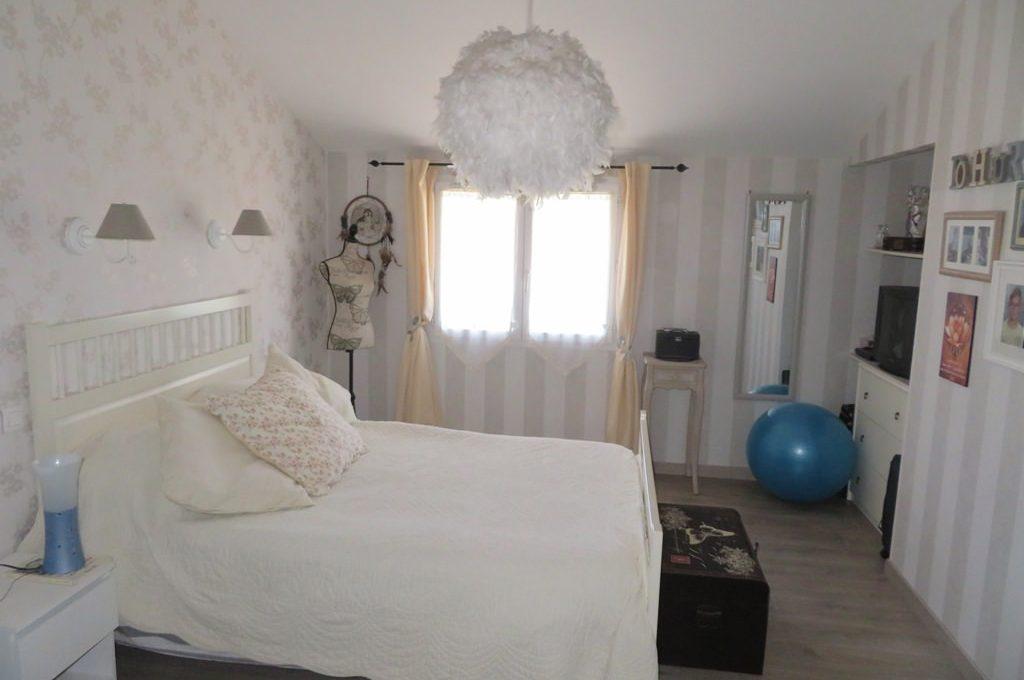 is 017 maison rieumes centre villa chambre parentale