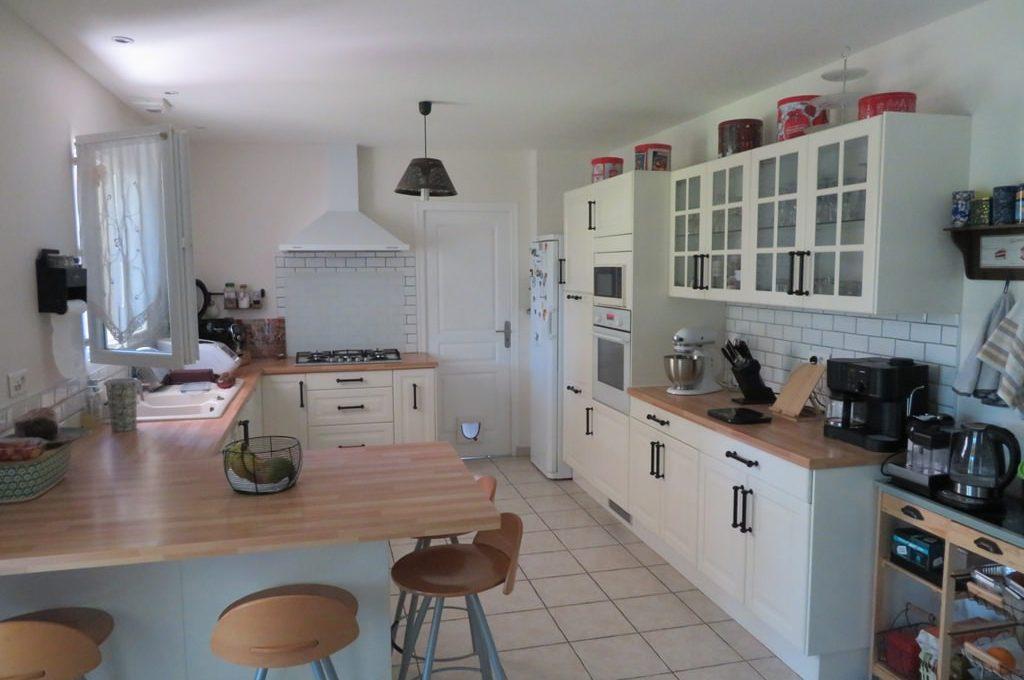 is 017 maison rieumes centre villa cuisine