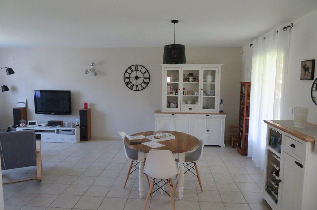 is 017 maison rieumes centre villa salle a manger 2 1