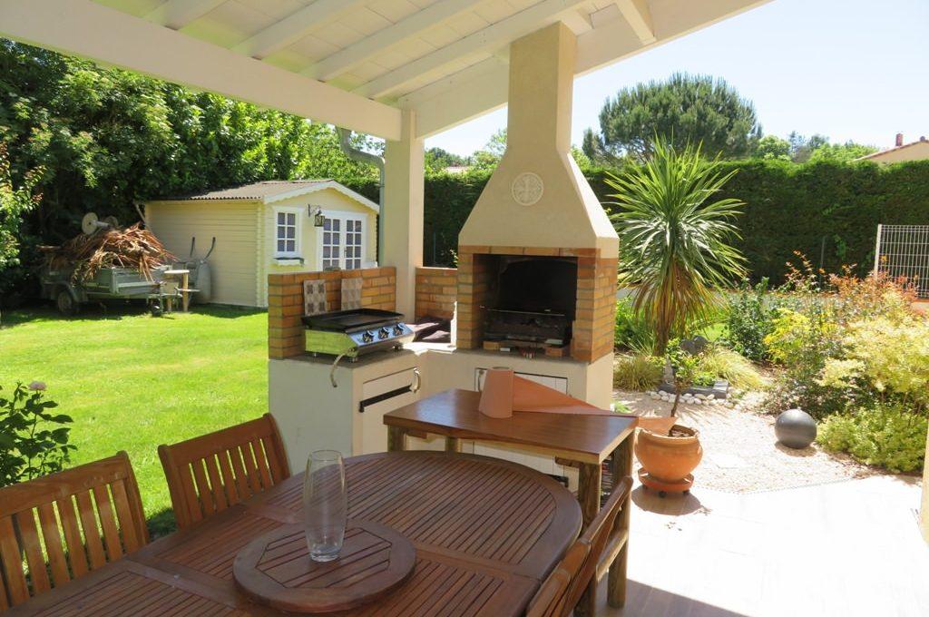 is 017 maison rieumes centre villa terrasse