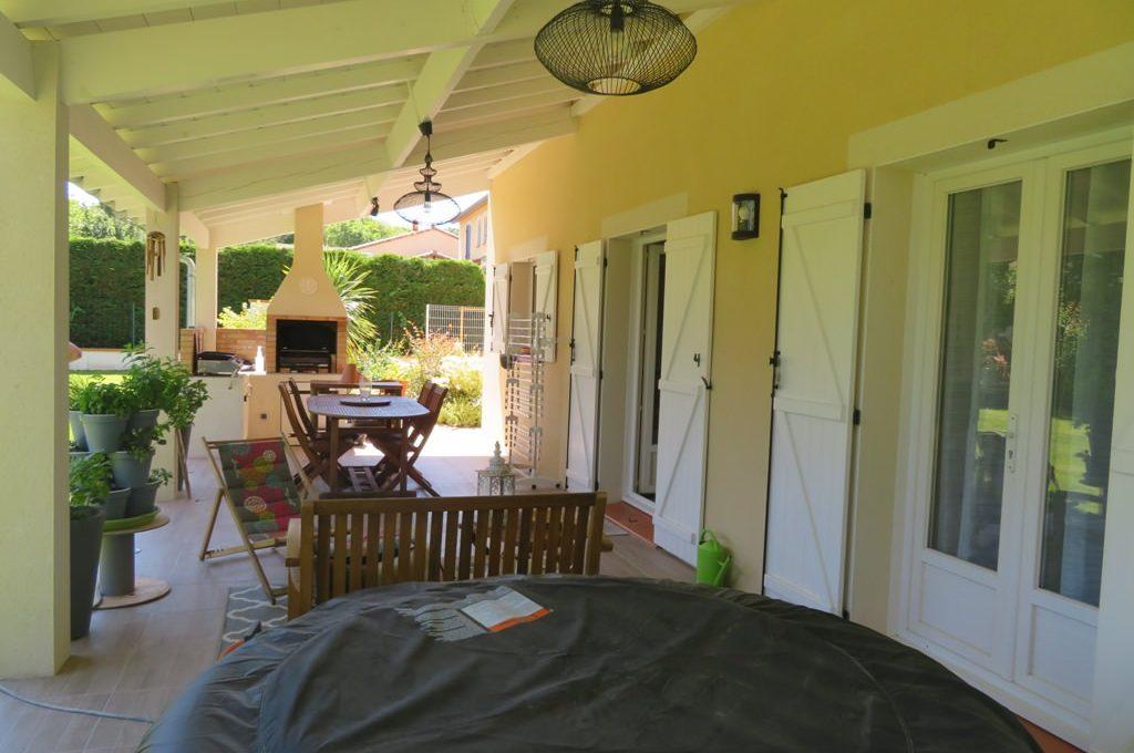 is 017 maison rieumes centre villa terrasse 2