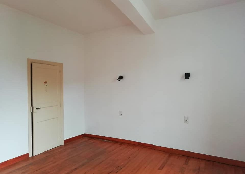 ss 110 appartement T2 centre rieumes chambre
