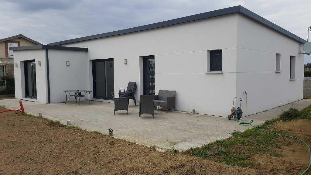 St Lys, villa T4, 116 m² hab. sur 750 m² de terrain.