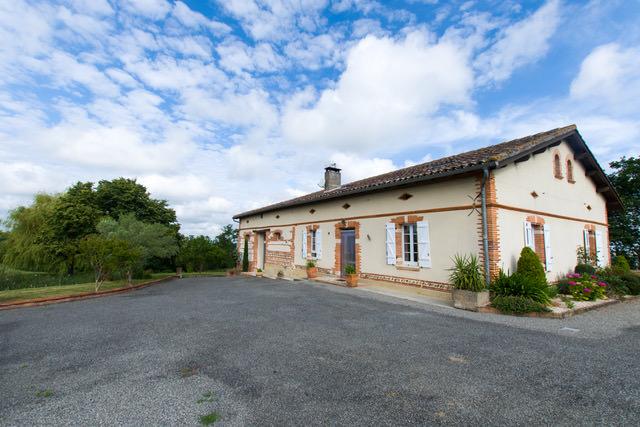 is 015 maison de caractere rieumes facade 20 2