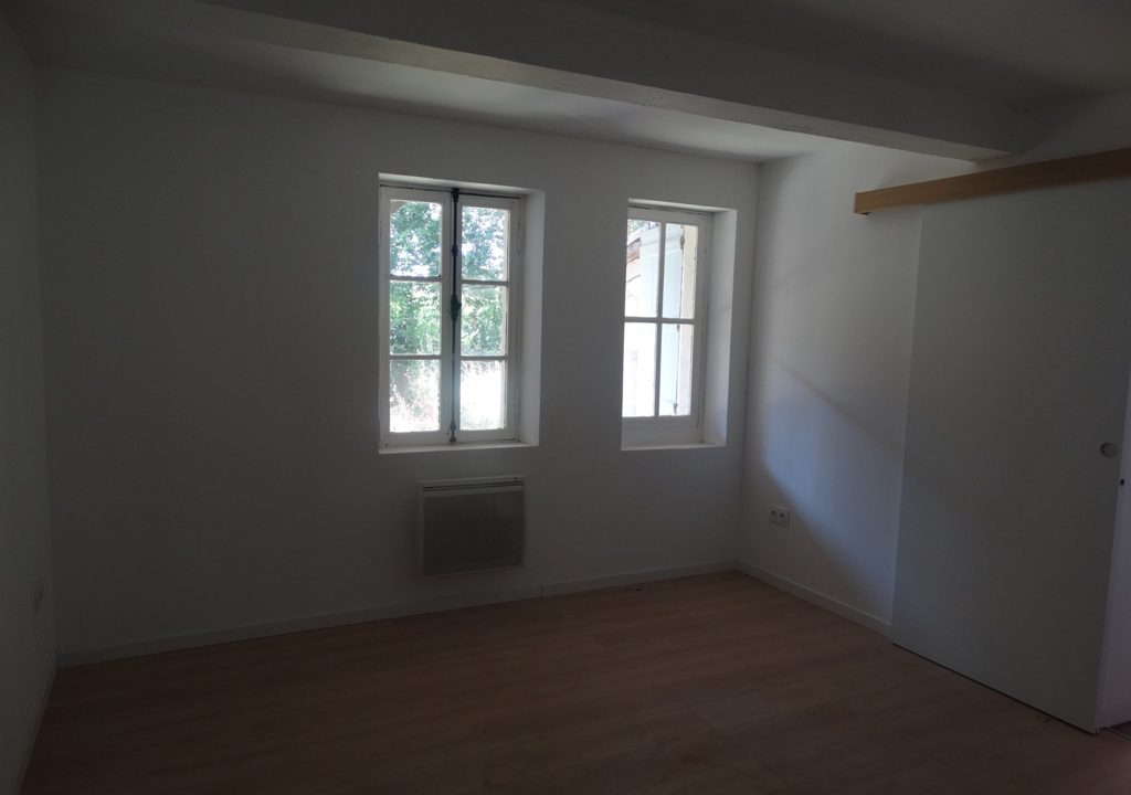 is 030 maison de village rieumes chambre