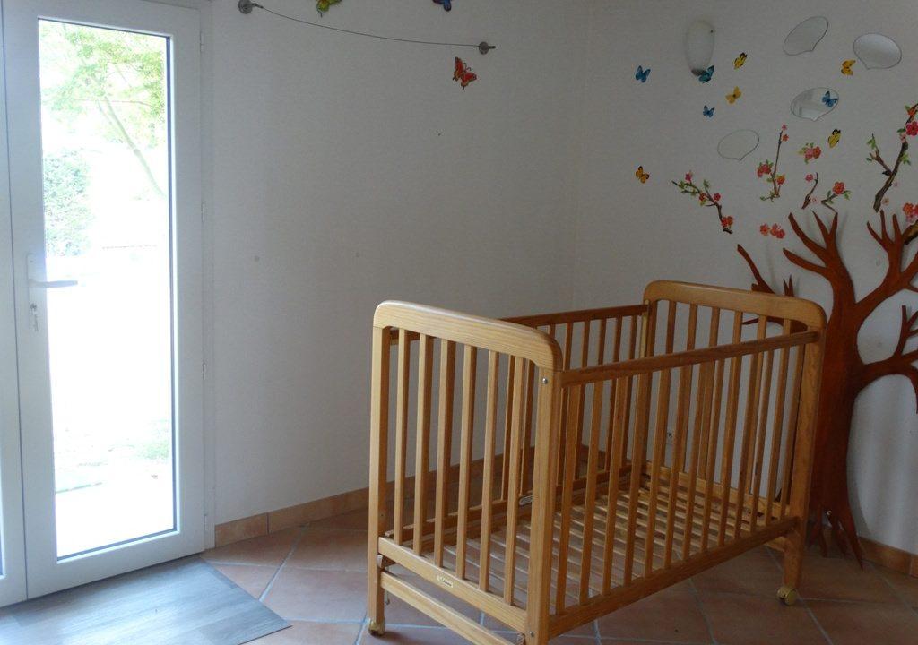 is 017 berat maison de village centre jardin chambre enfants 2