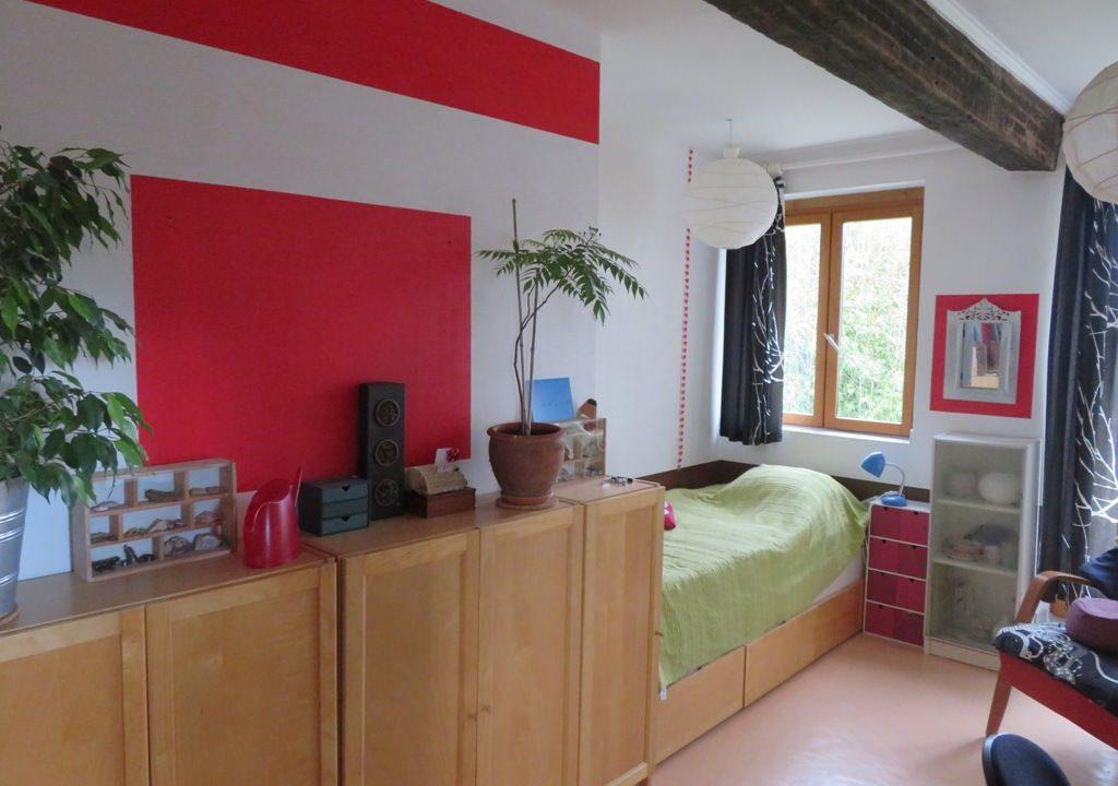 is 005 ferme st lys jardin vue sur les pyrenees calme chambre2