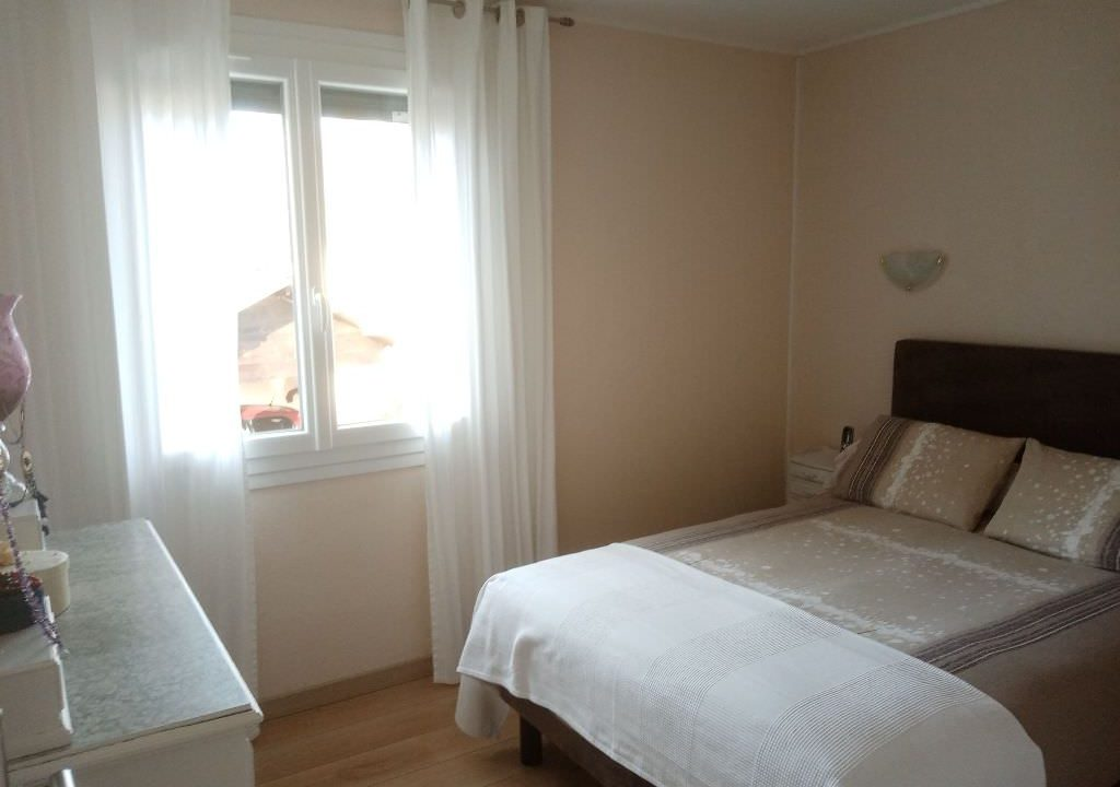 is 025 villa rieumes chambre 2