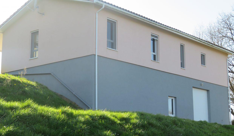 is 009 villa T3 rieumes exterieur
