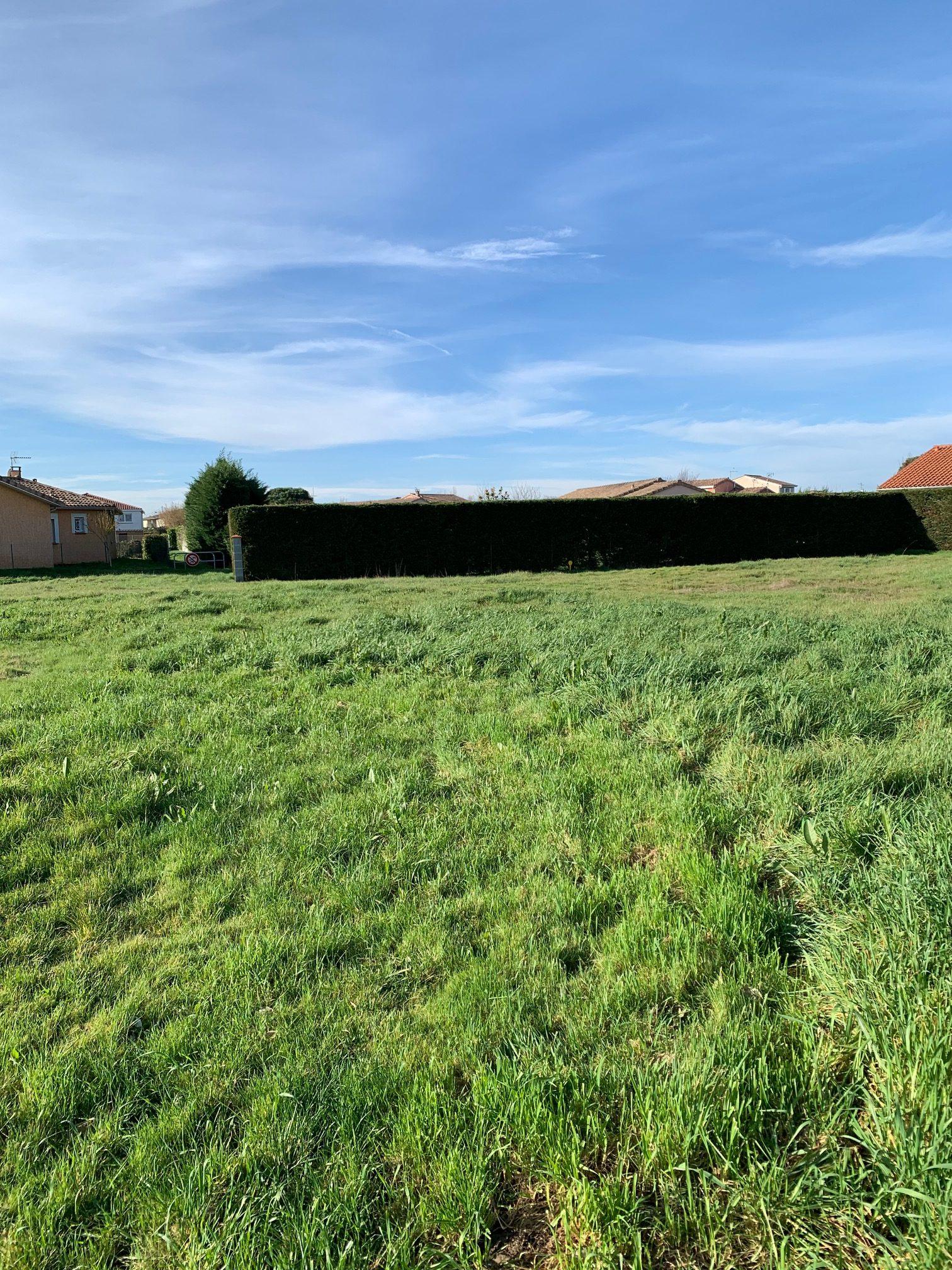Labastidette, terrain à bâtir de 543 m².