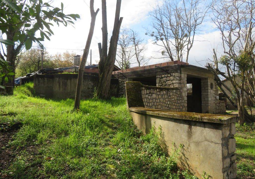 is 130 rieumes terrain a lotir maison1
