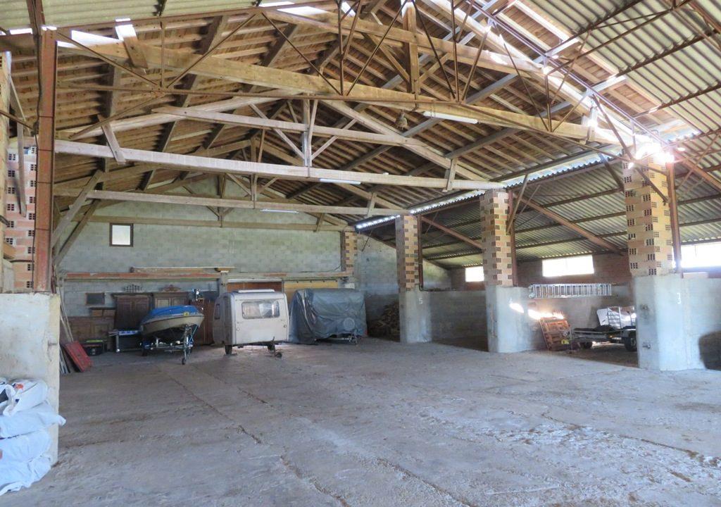 br 002 st clar de riviere ferme hectares hangar