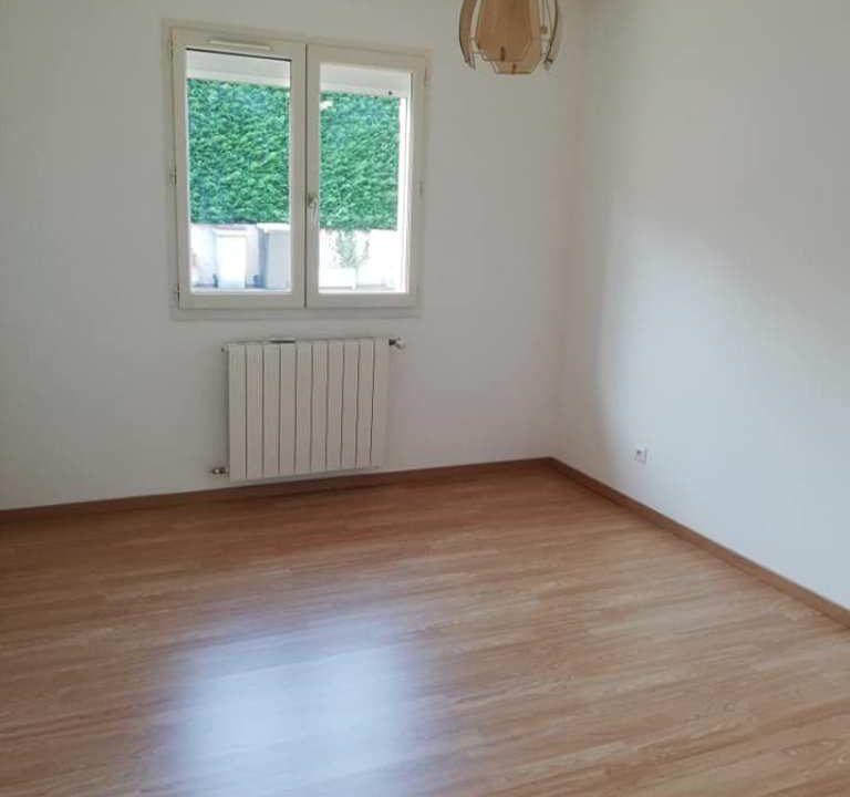 is 001 villa rieumes centre chambre