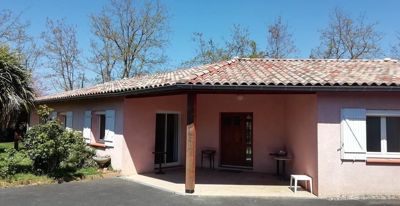 is 001 villa rieumes centre facade principale 222