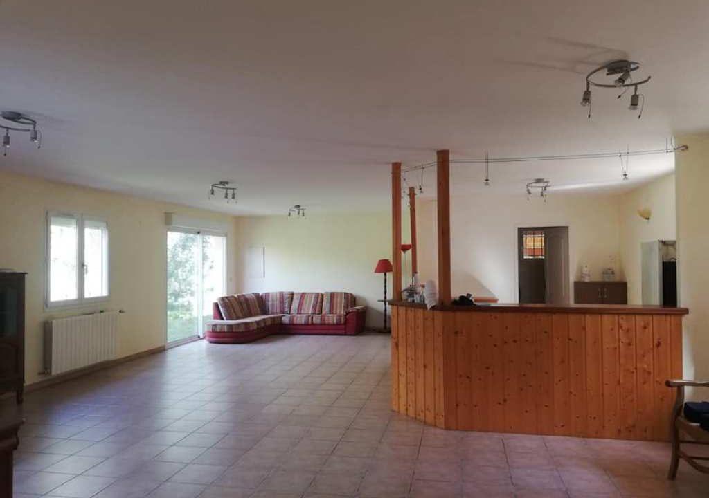is 001 villa rieumes centre salle a manger ensemble