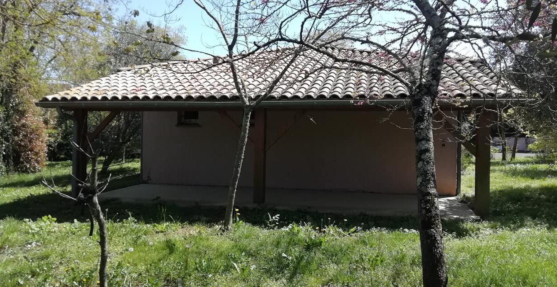 is 001 villa rieumes centre terrasse Copie