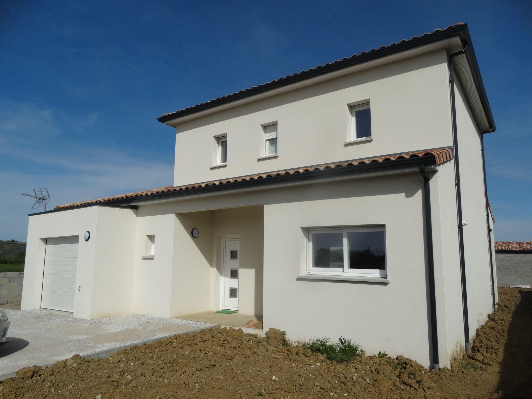 Labarthe sur Lèze, 1 km du centre, villa T4, neuve 110 m² hab. sur 500 m² de terrain.
