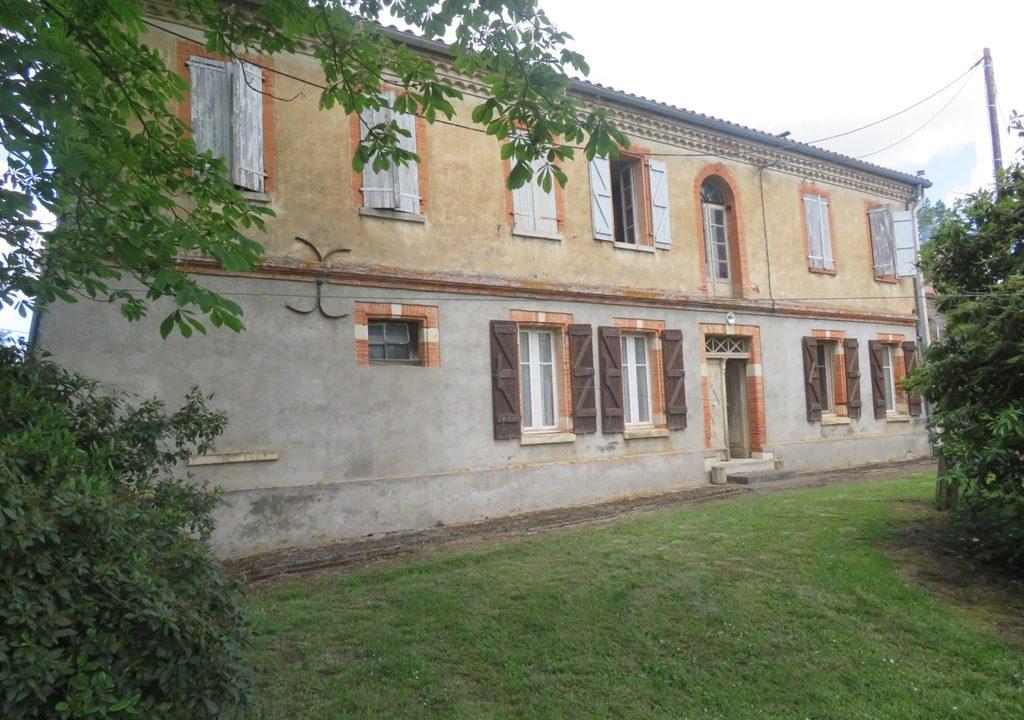 br008 canton de rieumes maison de caractere facade3