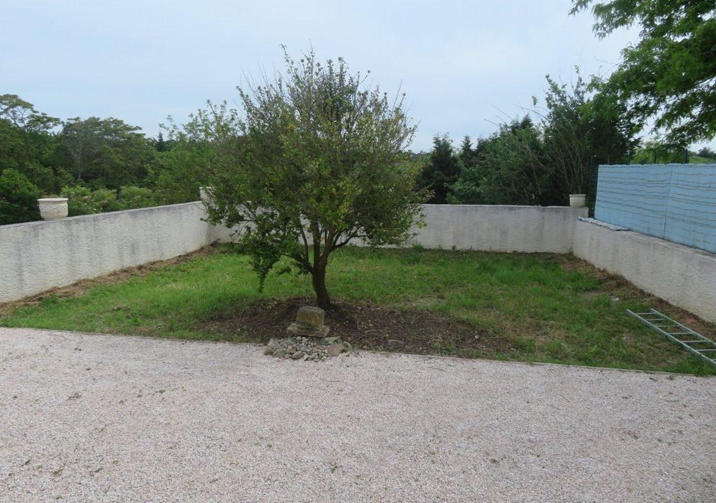 is 018 maison de village canton de rieumes jardin terrasse